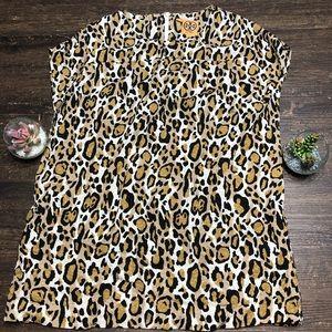 Tory Burch Gorgeous Leopard print blouse top